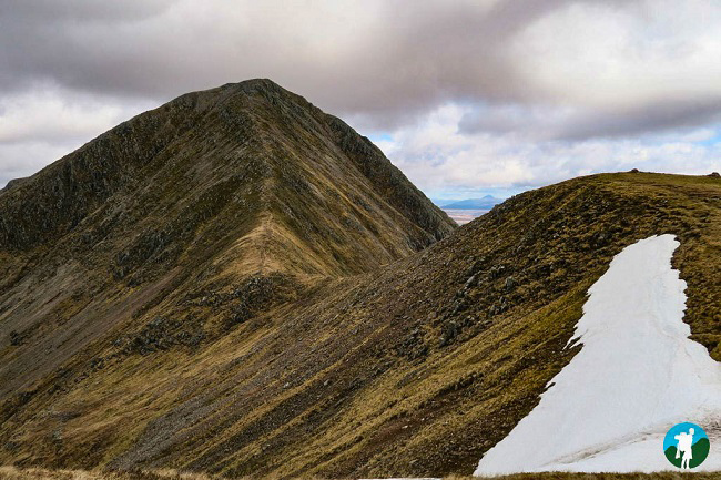 ridge hiking buachaille etive mor glen coe