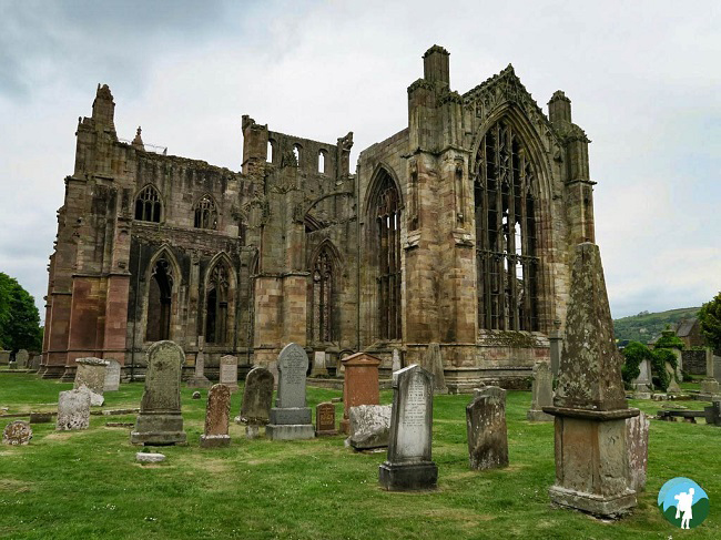 melrose abbey scottish borders history trail