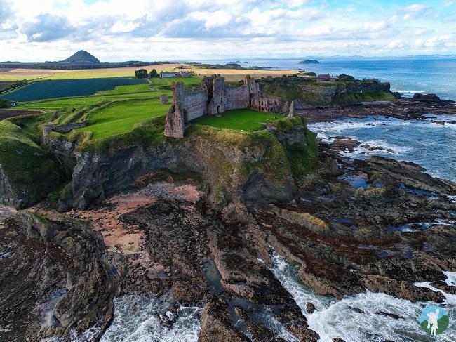 tantallon drone aerial scotland