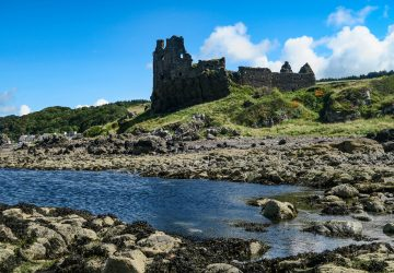 dunure castle outlander silkies'