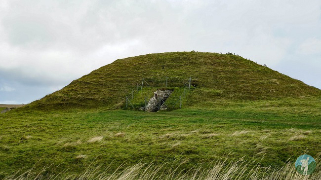 mainland orkney day trips maeshowe