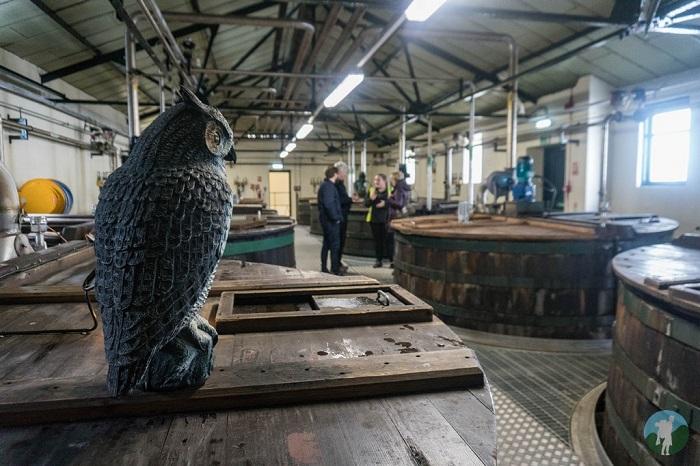 distillery tour lagavulin islay