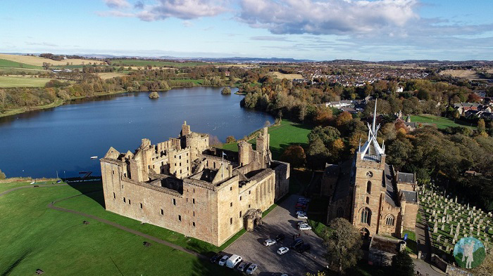 linlithgow palace outlander filming locations