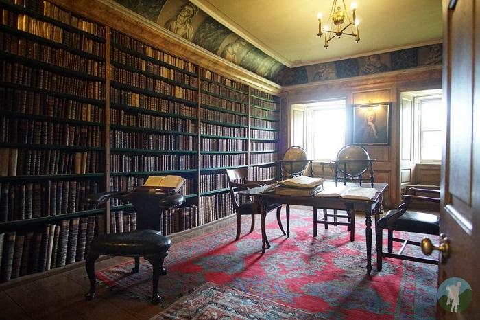 traquair library