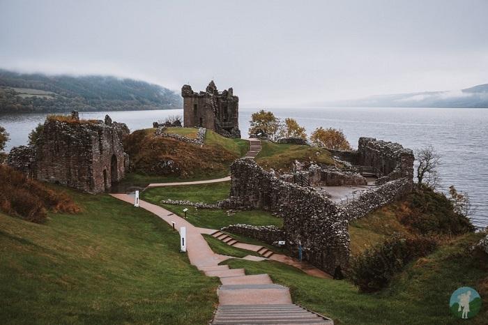 urquhart loch ness castle